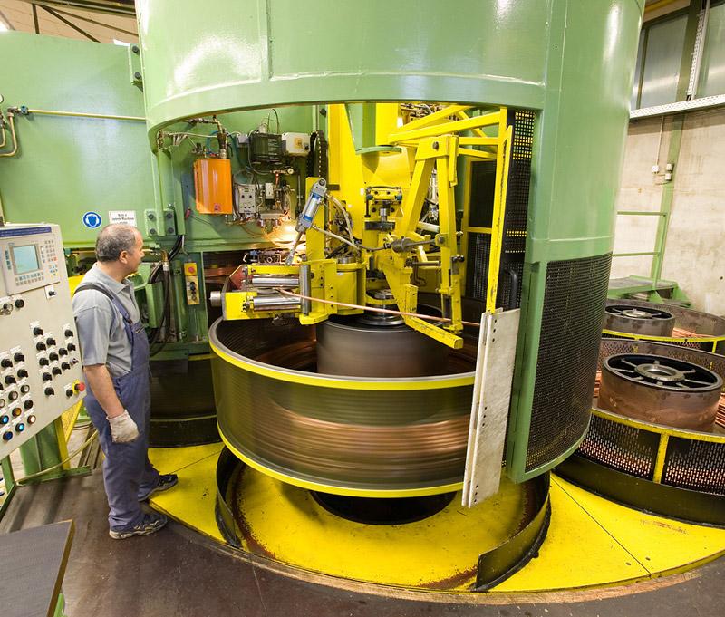 Ziehmaschine zur Coil-/Ringherstellung