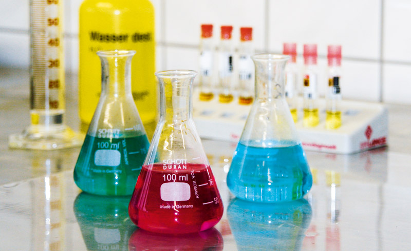 Bäderanalyse im Labor