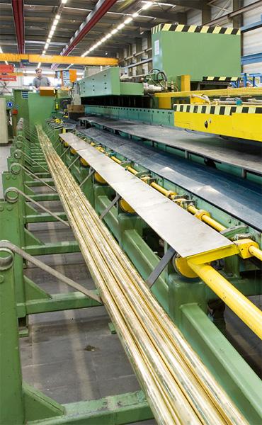 Ziehmaschine zur Herstellung von geraden Längen